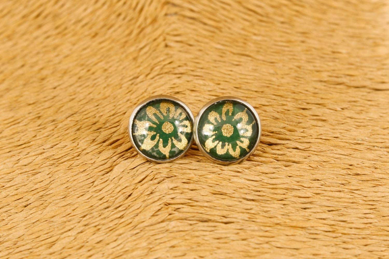 green-flower-earrings