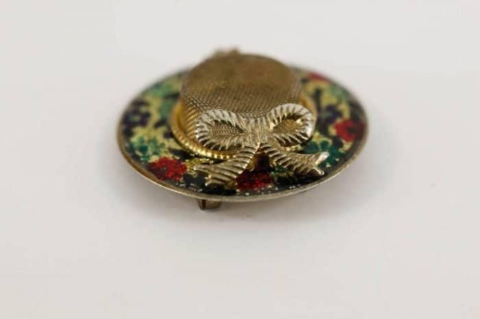 mesh-enamel-hat-brooch