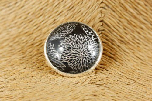 silver-kiku-pin