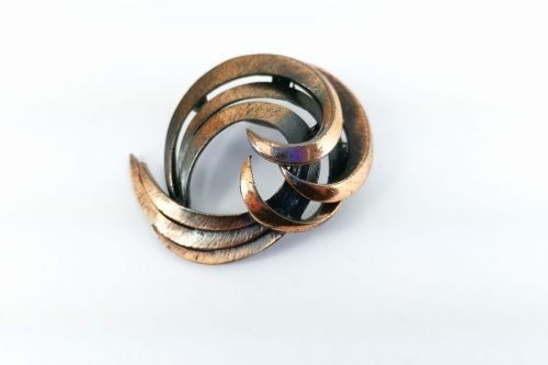 copper-swirl-brooch