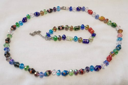 multicolored-glass-necklace