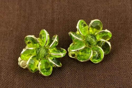 flower-lime-glass-earrings