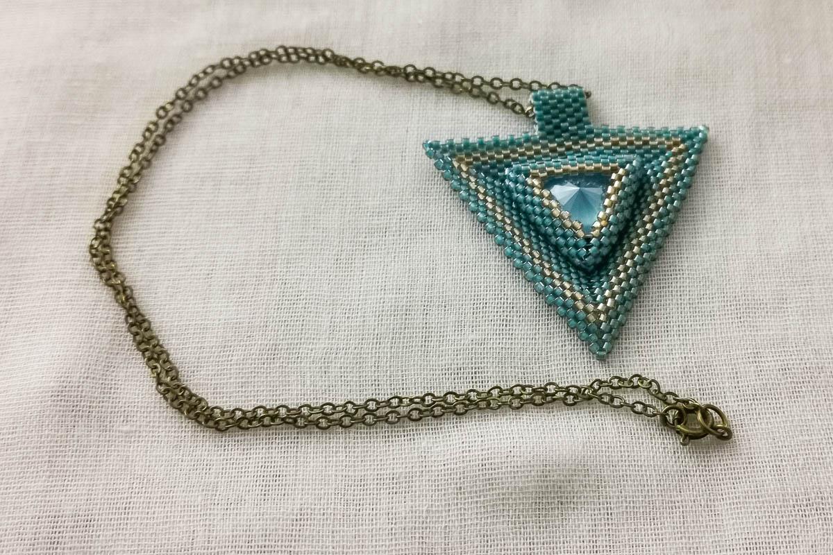 beaded-pendant