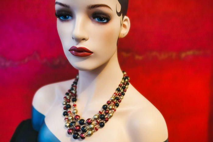 cranberry-necklace