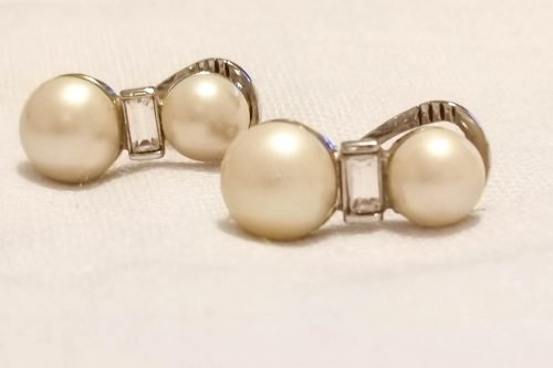 Monet-pearl-earrings