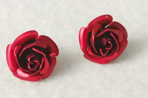 red-rose-earrings