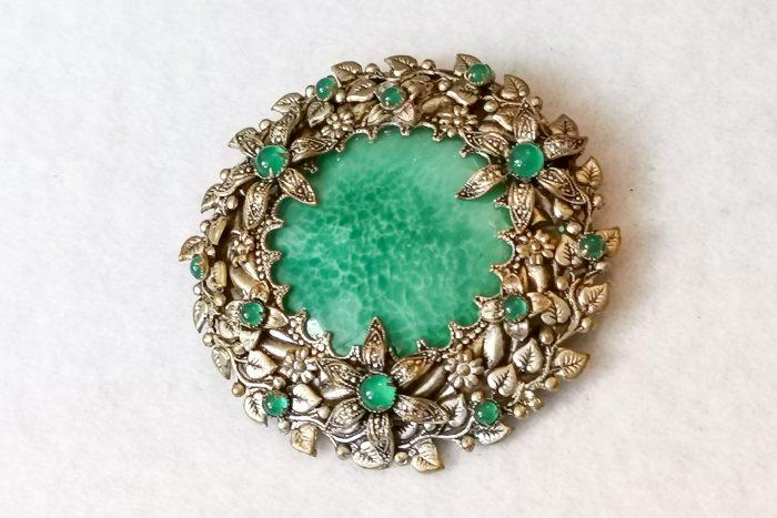 peking glass brooch