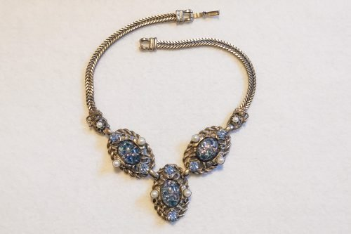 selro blue confetti necklace