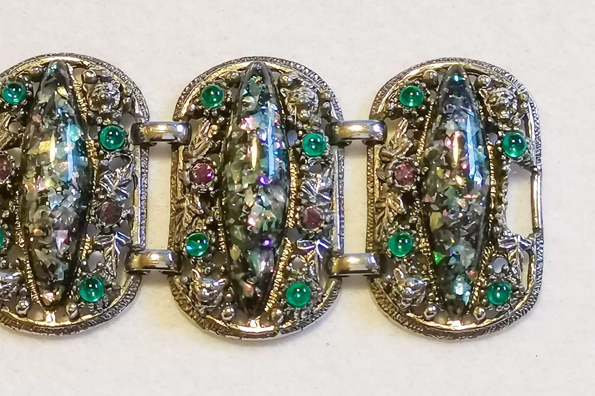 selro-green confetti bracelet