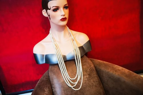 Gaby's pearl necklace