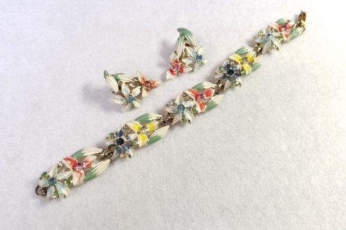enamel bracelet and earrings set