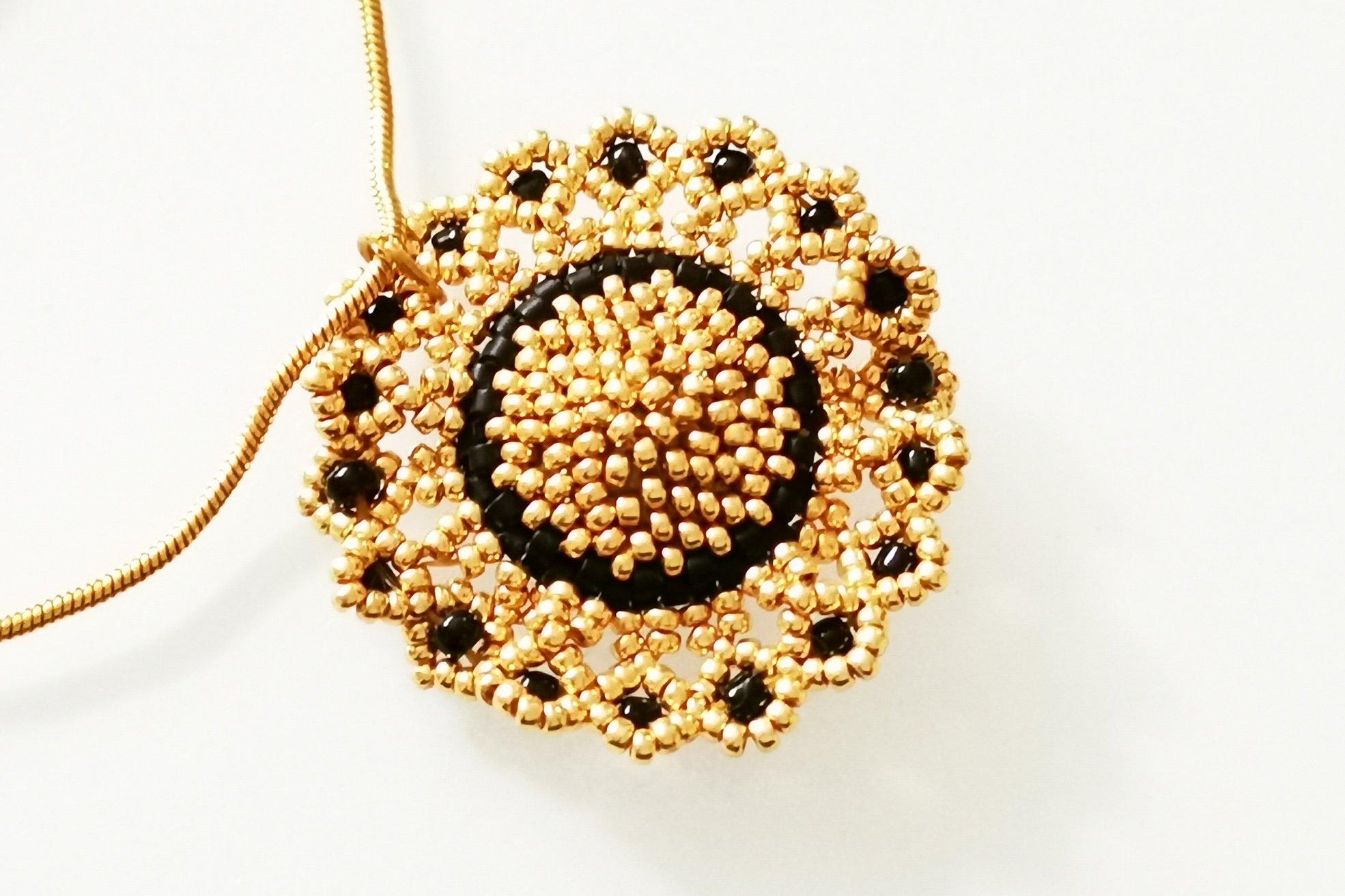 topaz-rose-pendant