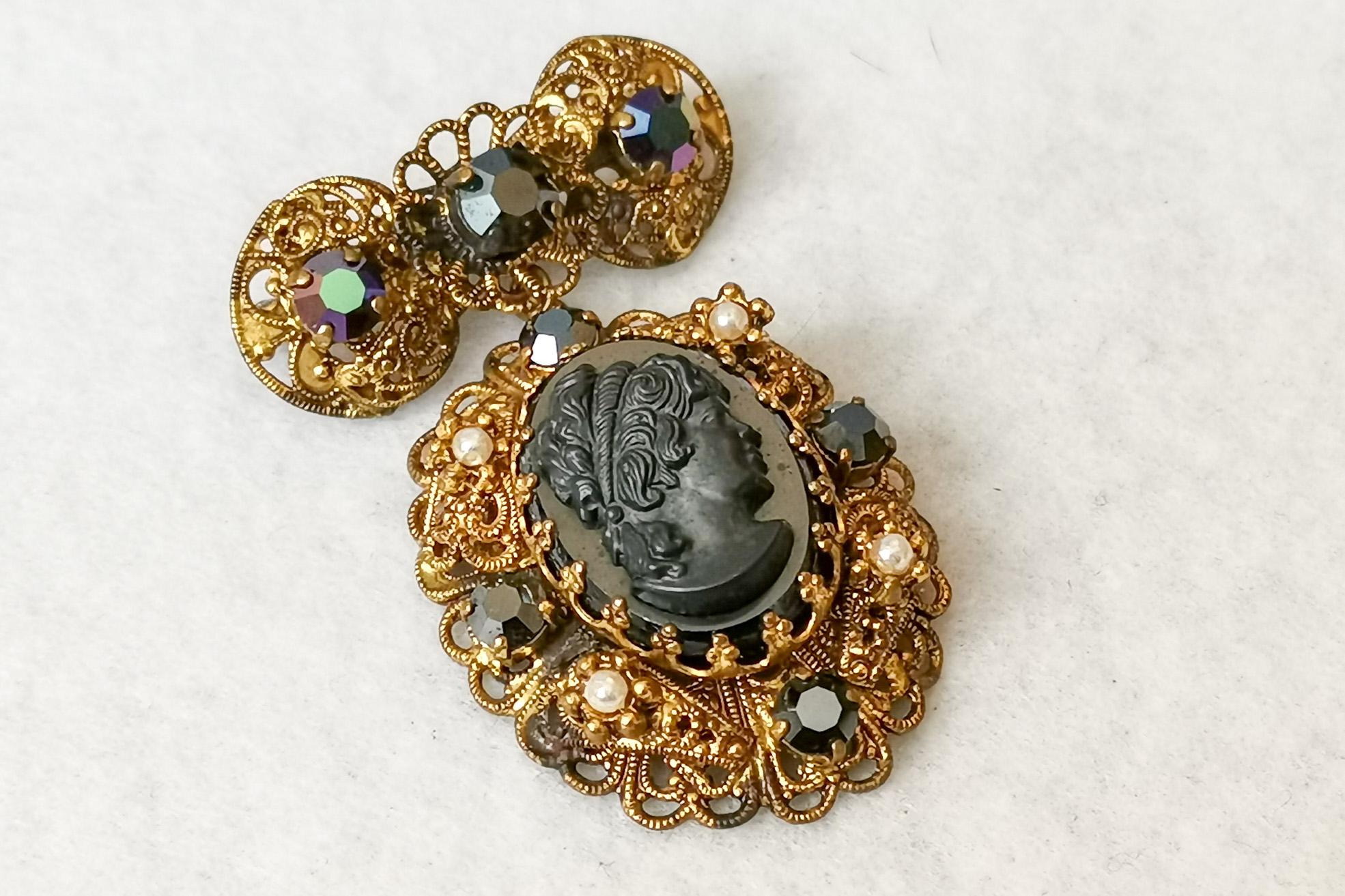 black cameo victorian revival brooch