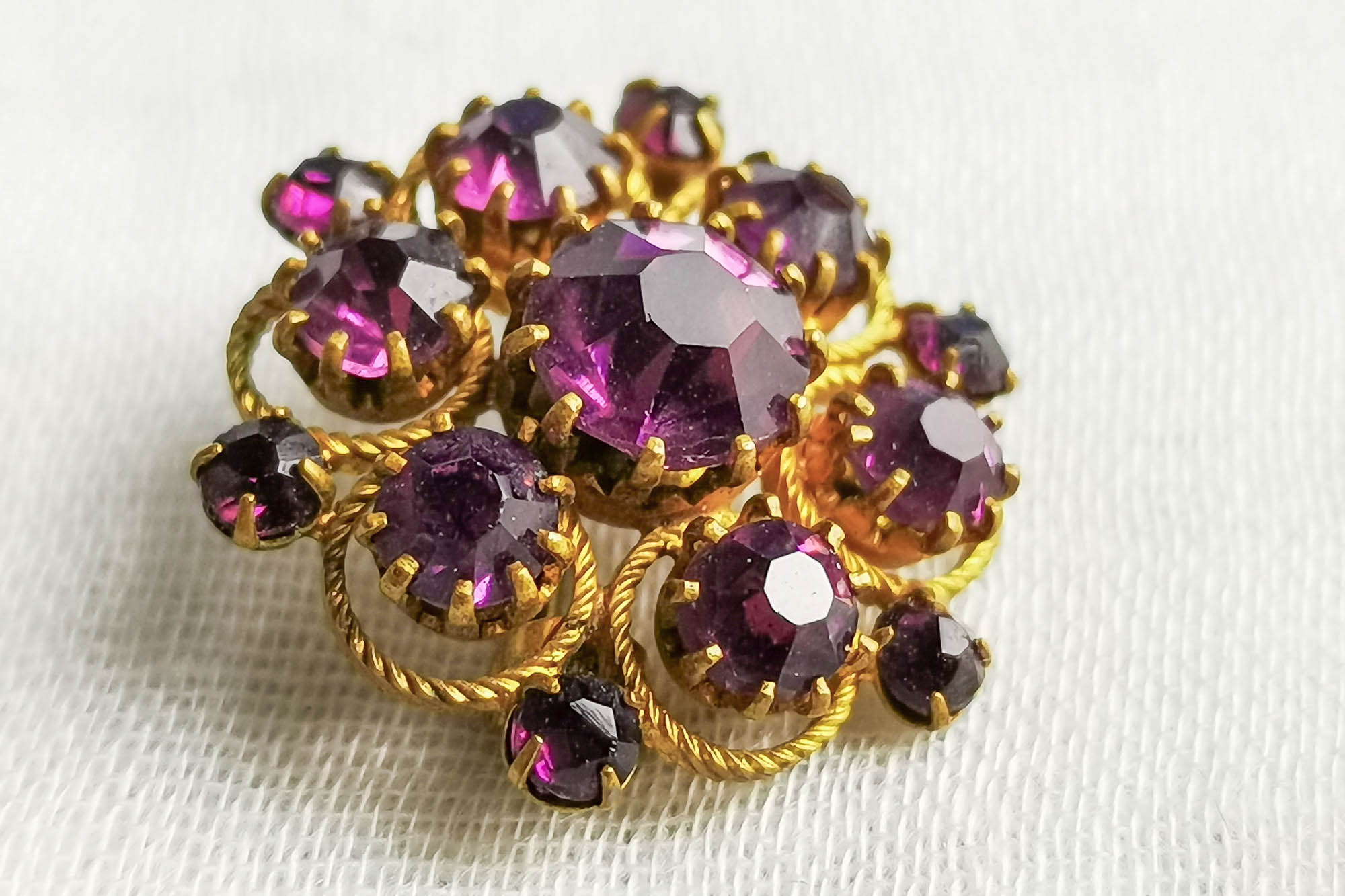 victorian amethyst glass brooch