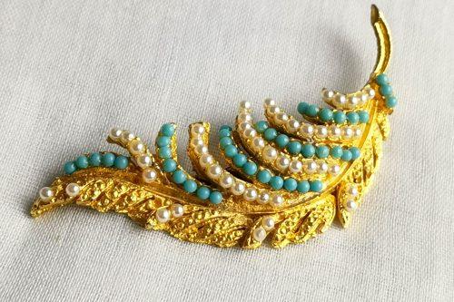 turquoise pearl leaf brooch