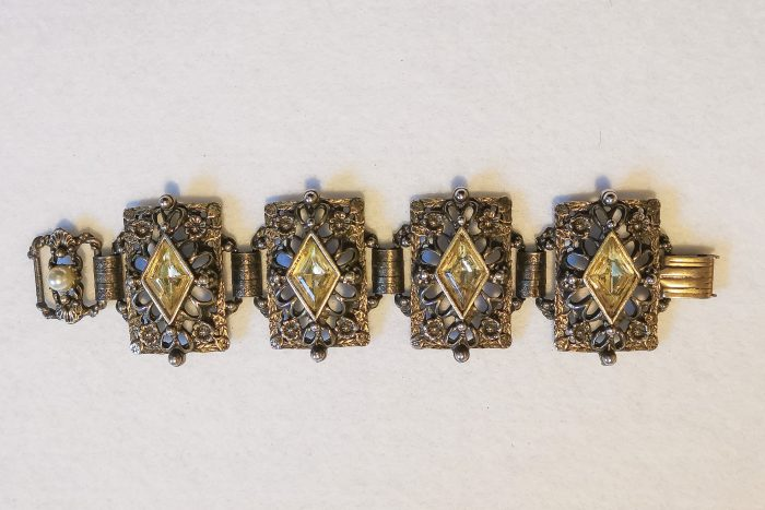 lemon link bracelet