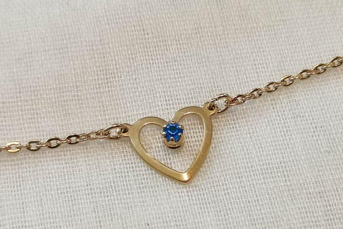 avon heart necklace